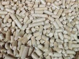Древесные пеллеты и брикеты. Чистая сосна, низкая зольность