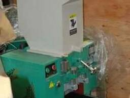 Дробилка для полимеров.