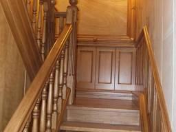 Дубовая лестница D1 на заказ Киев Одесса