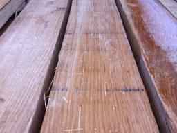 Дубовый брус 100х200 мм длиной 4 метра.