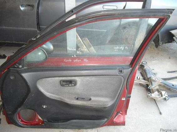 Дверь передняя правая Honda Civic (1991-1995)