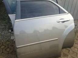 Дверь передняя задняя левая правая Chrysler крайслер 300C