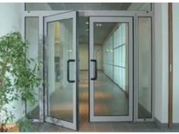 Двери и перегородки из металлопластика