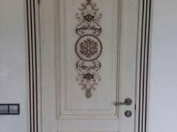 Двери из массива сосны, ясеня, дуба