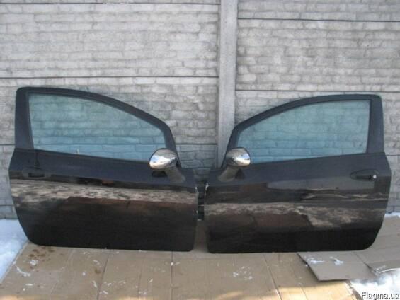 Двери левые правые Fiat Grande Punto 05-14