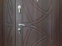 Двери металлические.