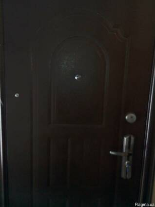 Двери металлические, двухстворчатые. 1260 мм.Качество
