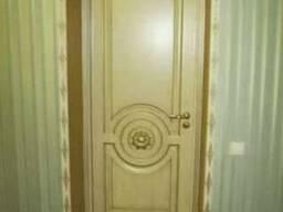Двери межкомнатные деревянные резные