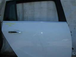 Двери передние задние левые правые Opel Zafira C 11-14