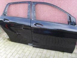 Двери правые передние задние Mercedes B W246 2011-2014