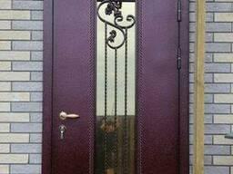 Двери с элементами ковкой