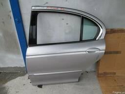 Двери задние правые левые комплектные Jaguar X-Type 01-09