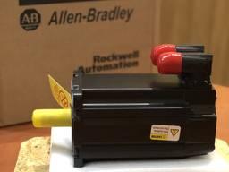 Двигатель Allen-Bradley MPL-B430P-MJ72AA