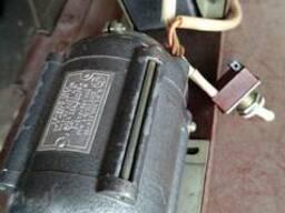 Двигатель электрический 220v, 18w, 1300об/мин