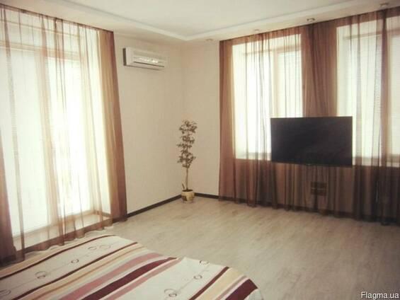 Двухкомнатная квартира Люкс в центре Бердянска
