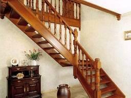 Двухмаршевая лестница из дерева №8 Под заказ