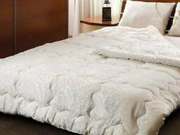 Двуспальные одеяла для гостиниц