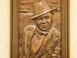 Эксклюзивная картина «Валентин Пикуль» из ценных пород древе