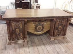 Эксклюзивные письменные столы. Изготовление под заказ.
