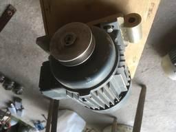 Электродвигатель 0.25 квт ( 250 ватт ) х 1320 об. новый