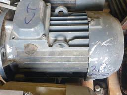 Электродвигатель АИР 2. 2 на 1000 лапа/фланец
