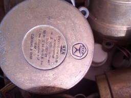 Электродвигатель асинхронный Д-32 127/12В