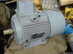 Электродвигатель с тормозом АИР90L6/4У3 на лапах и др.