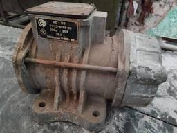 Електродвигун для вібростола ИВ-98 (вибратор)