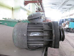 Електродвигун токарного станка