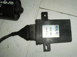 Електроный блок управления зажиганием Volvo 340 18152001