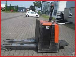 Электротележка BT LPE240, 2012г, 2400 кг, с подножкой