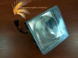Фара МТЗ передняя квадратная с лампой