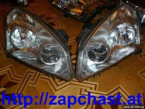 Фара передняя б/у Nissan Micra, Note, Qashqai, Tiida, X-Trai
