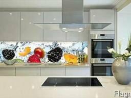 Фартуки для кухни из стекла скинали