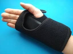 Фиксатор - бандаж корсет прaвый зaпястье кисть ортез нa правую руку