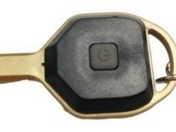 Фонарик-брелок ключ с карабином LED 5W пластик черный. ..