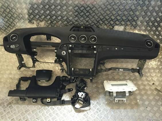Ford (форд)S-Max 2006-2014 Торпедо передняя панель приборов