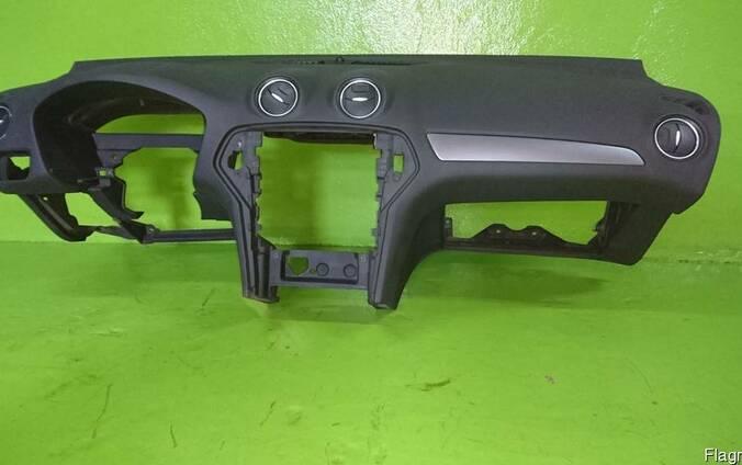 Ford Mondeo Mk4 2007-2014 Торпедо передняя панель приборов