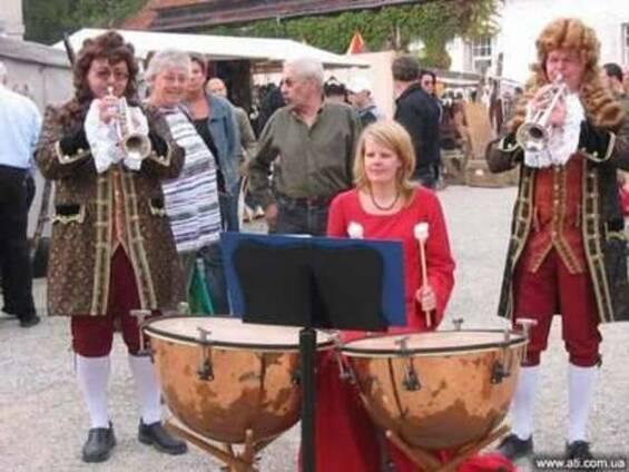 Футбол Евро 2012: музыкальная поддержка: духовые оркестры