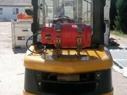 Газовый вилочный погрузчик 3,5 тонны Caterpillar (CAT) GP35N - фото 4