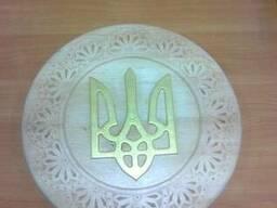 Герб Украины (тризуб).
