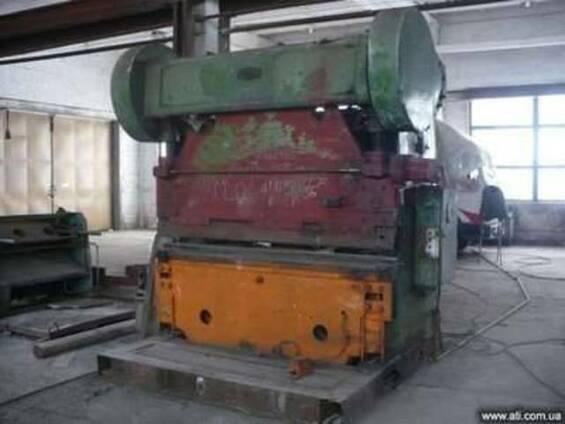 Гибка листового металла в кромкогибе Николаев