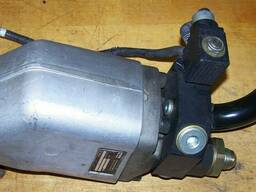 Гидравлический насос Parker F1-060-L-000