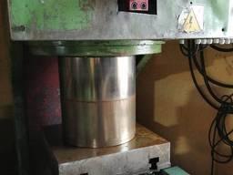 Гидравлический пресс 250 тонн