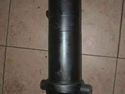 Гидроцилиндр МАЗ 516 В 3-х штоковый