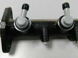 Цилиндр главный тормозной 58620-5К500 к грузовику Hyundai HD