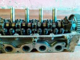Головка блока цилиндров двигателя Renault Kangoo 1.2