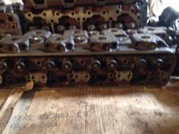 Головка блока цилиндров двигателя ЯМЗ-238 старого образца. ..