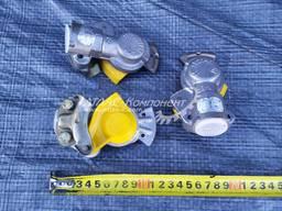 Головка соединительная автоматическая с клапаном желтая КрАЗ