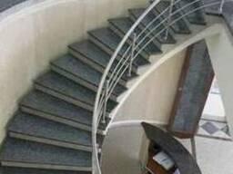 Гранитная лестница, Ступени из гранита